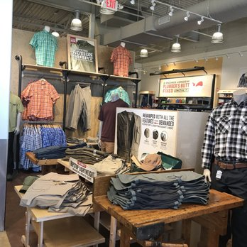 Duluth Trading Company 65 Photos Men S Clothing 18493 Hall Rd