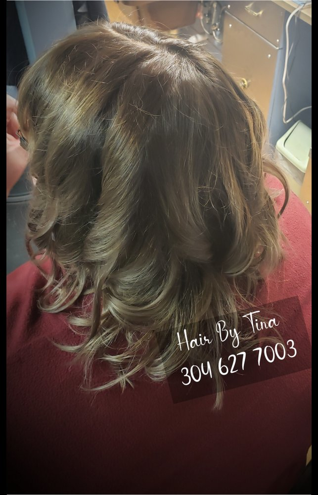 Hair Shack: 795 W Main St, Bridgeport, WV