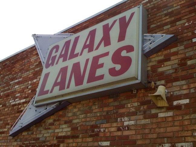Galaxy Lanes: 6545 Maccorkle Ave SE, Charleston, WV