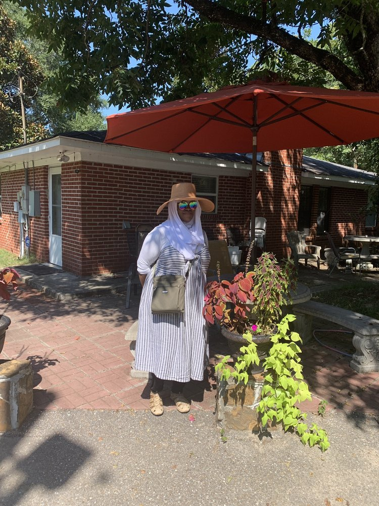 The Grandma Home House Retreat: 386 Campbell Rd, Pike Road, AL