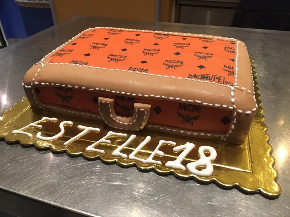 Mcm Tasche Kuchen Vom Cafe Am Rathaus In Bad Cannstatt Yelp