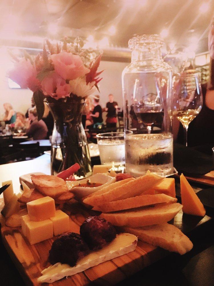 3Sixteen Wine Bar: 316 N Main St, Chatham, IL