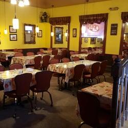 Elf S Den Restaurant Lounge North Pole Ak