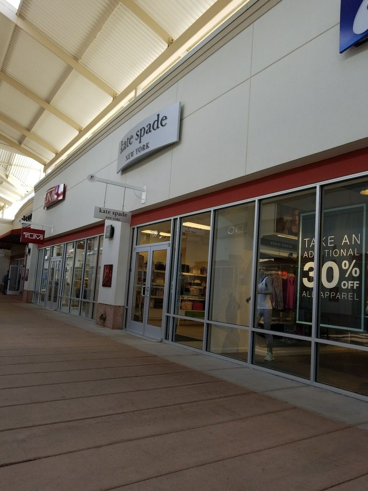 3b862a4d77 Kate Spade New York Outlet  1 Premium Outlet Blvd