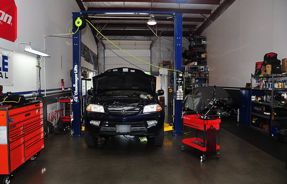 Ruben's Auto Repair: 24399 S Hwy 99E, Canby, OR
