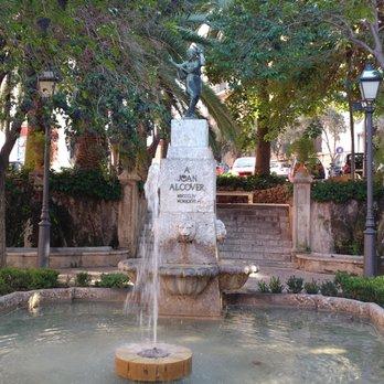 Yelp Reviews For Placa De La Reina 14 Photos New Public Plazas