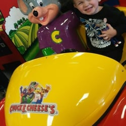Family Fun Center, Restaurant & Arcade | Chuck E. Cheeses