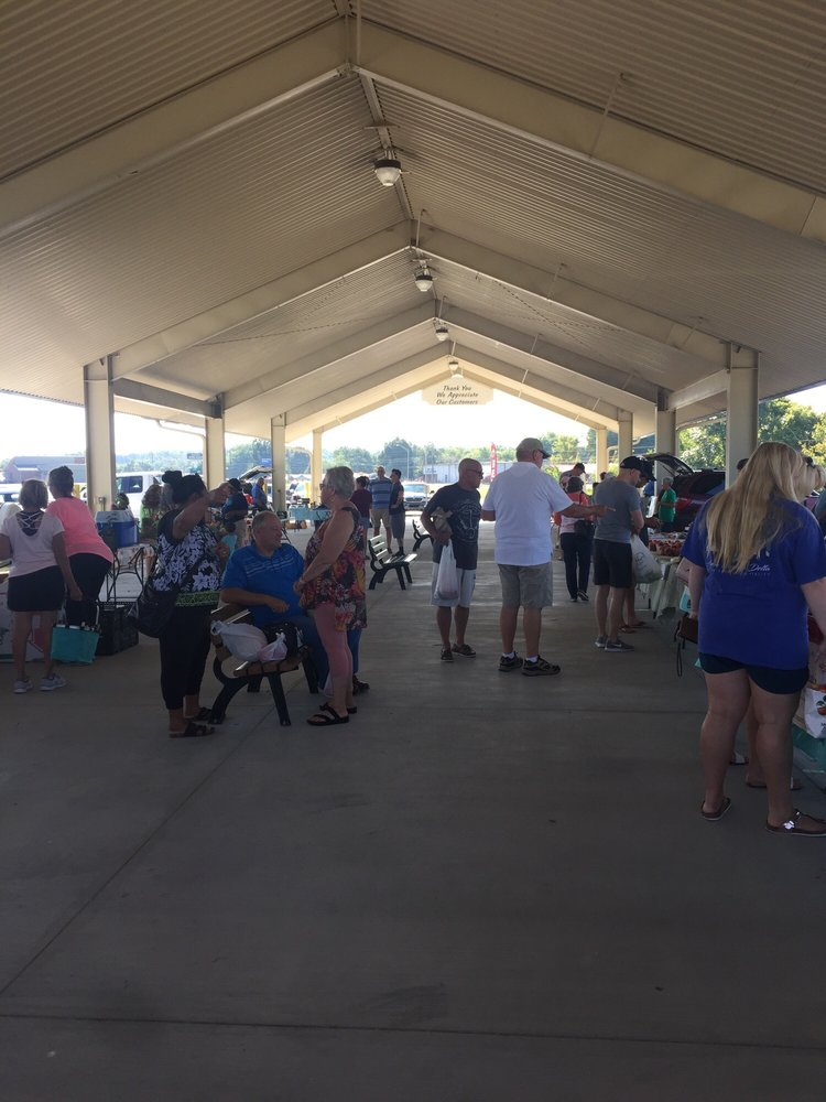 Hardin County Farmers' Market: 200 Peterson Dr, Elizabethtown, KY