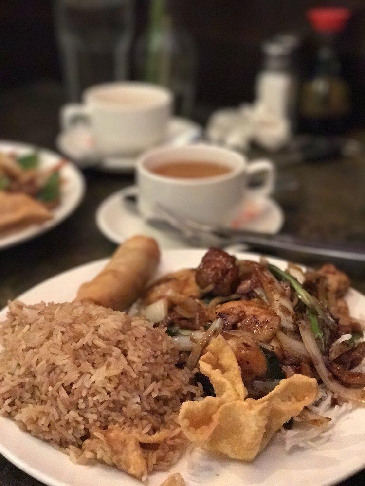 Chopstix Chinese Bistro: 100 N Peachtree Pkwy, Peachtree City, GA