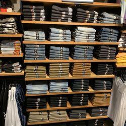 7f121da0f6e89 Zumiez - 11 Photos - Women's Clothing - 18581 Main St, Huntington Beach, CA  - Phone Number - Yelp
