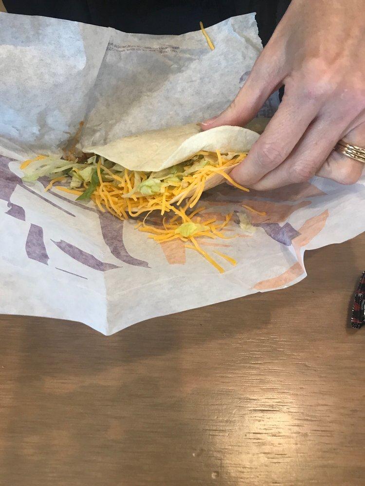 Taco Bell: 3200 West Okmulgee Ave, Muskogee, OK