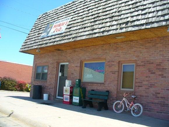 Hinkle's Pub: 730 Main St, Rising City, NE