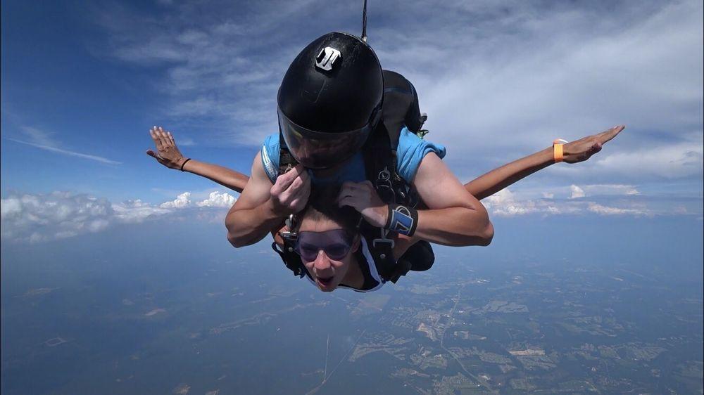 Skydive Paraclete XP: 143 Airport Dr, Raeford, NC