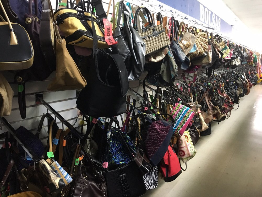 Family Thrift Store - Cermak