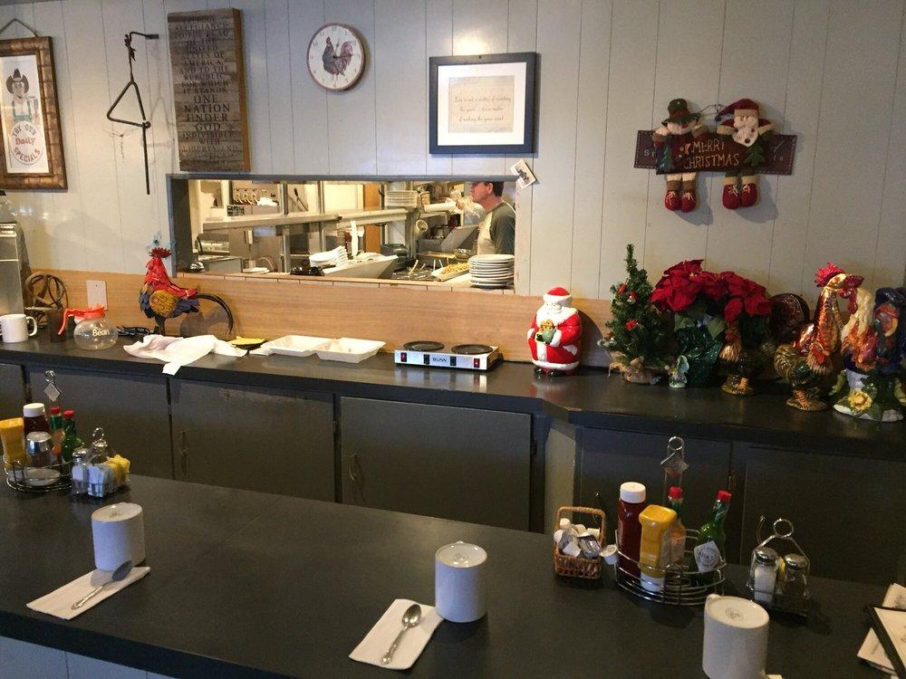 Country Boy Cafe: 6160 E Hwy 54, Athol, ID