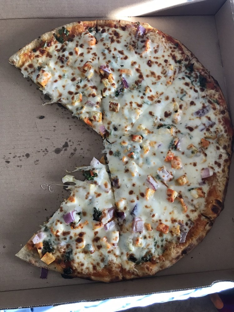 Curry Pizza: 125 N Sr 24, Bicknell, UT