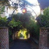 Vine lane hiking vine street at hawthorne ter north for 2815 oak knoll terrace berkeley