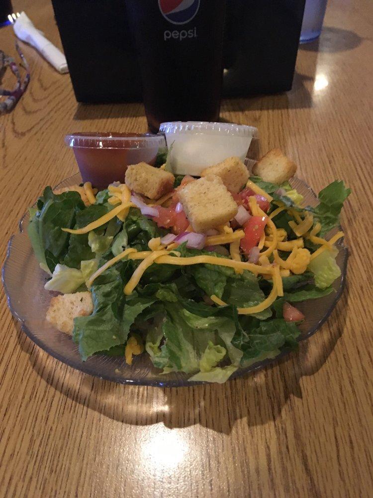 Gateway Bar & Grill: 706 N Hwy 141, Crivitz, WI