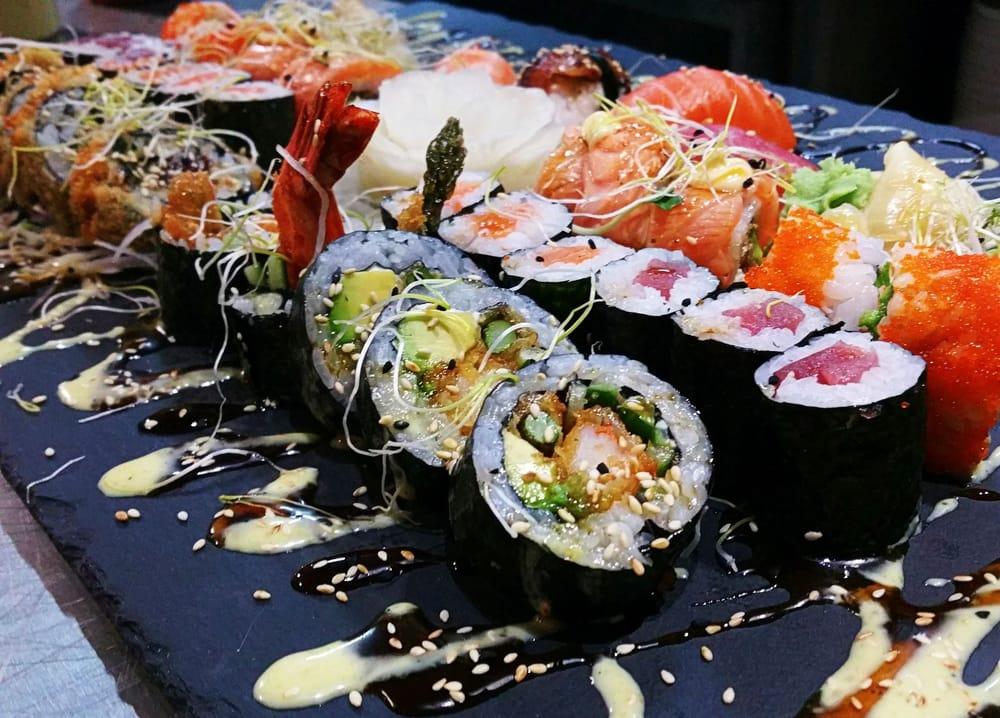 zen 49 photos 20 reviews sushi bars uhlandstr 170 a charlottenburg berlin germany. Black Bedroom Furniture Sets. Home Design Ideas