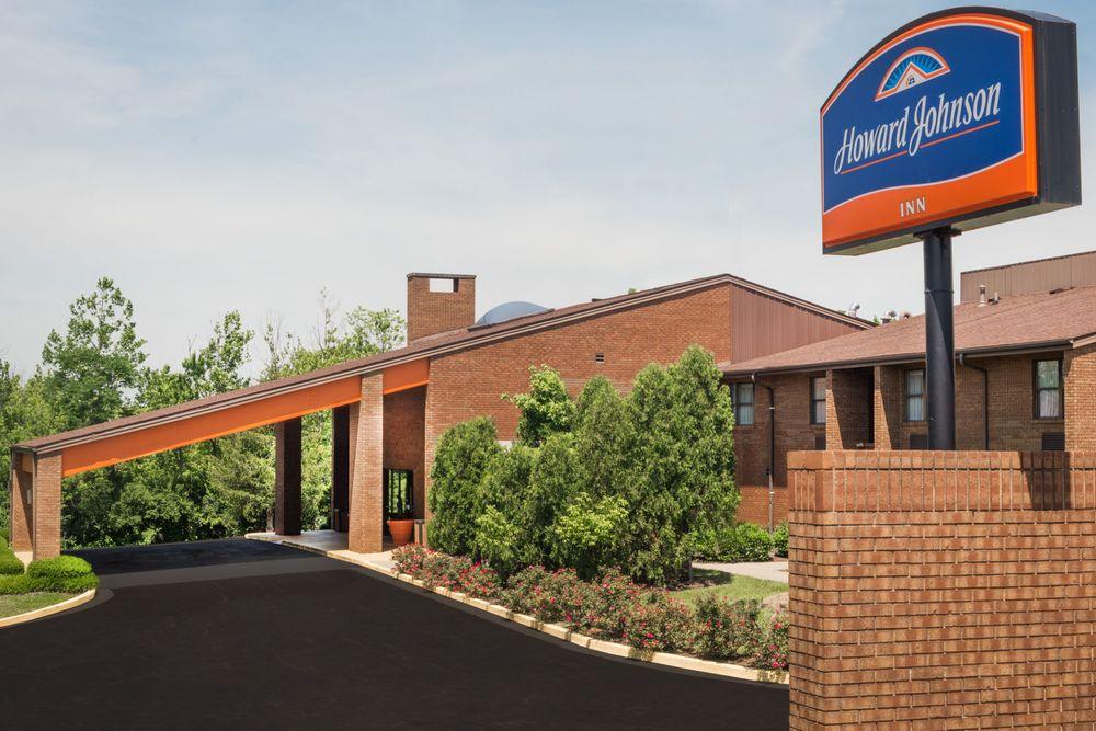 Howard Johnson Inn Lexington: 2241 Elkhorn Drive, Lexington, KY