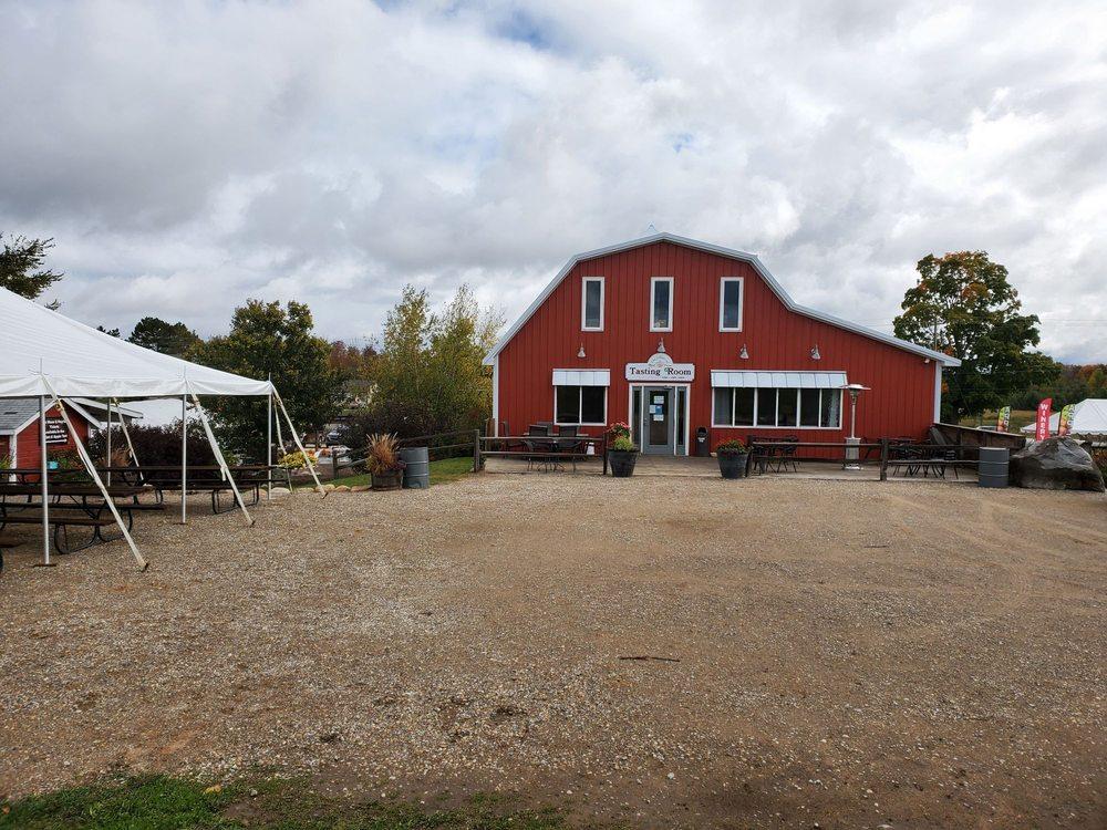 Royal Farms: 10445 N US 31, Ellsworth, MI