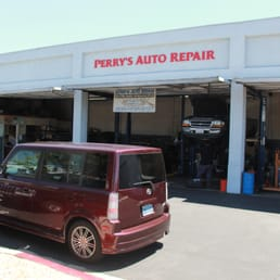 perry s auto repair 17 rese as talleres mec nicos 3221 e thousand oaks blvd thousand oaks. Black Bedroom Furniture Sets. Home Design Ideas