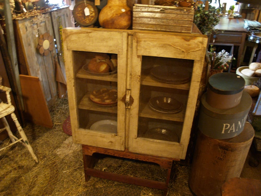 Photos For Simply Primitive Antiques & Country Decor