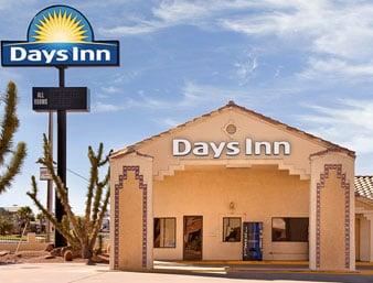 Days Inn by Wyndham Kingman West: 3023 East Andy Devine, Kingman, AZ