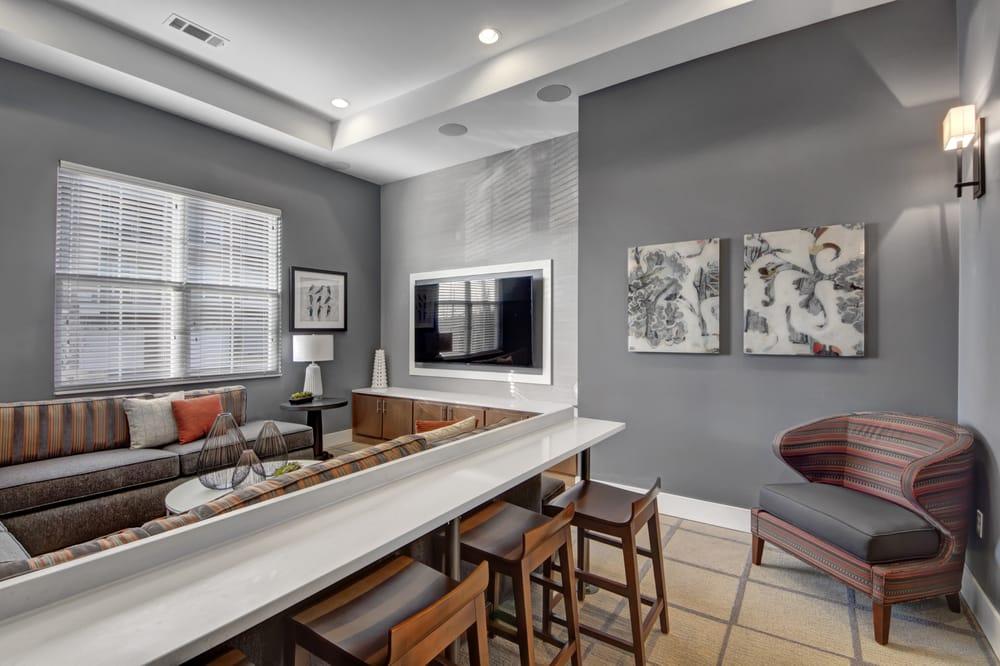 The Promenade Apartments At Pinnacle Hills: 4101 W Huntington Dr, Rogers, AR