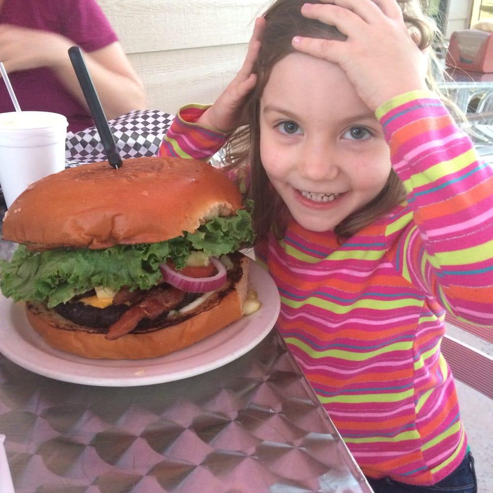 nutty u0027s backyard closed 13 photos burgers 12145 loop 107