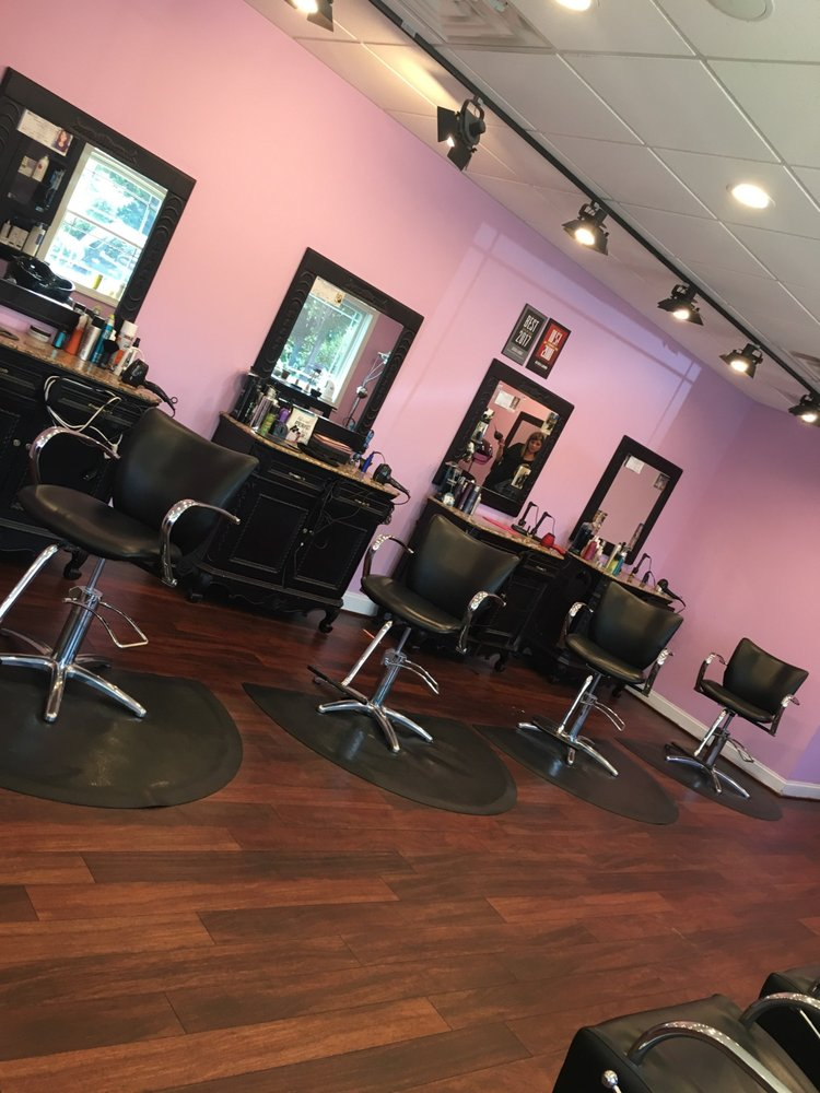 Whits End Salon and Spa: 232 Shopping Center Rd, Stevensville, MD