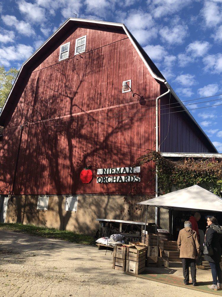 Nieman Orchards: 9932 Pioneer Rd, Cedarburg, WI