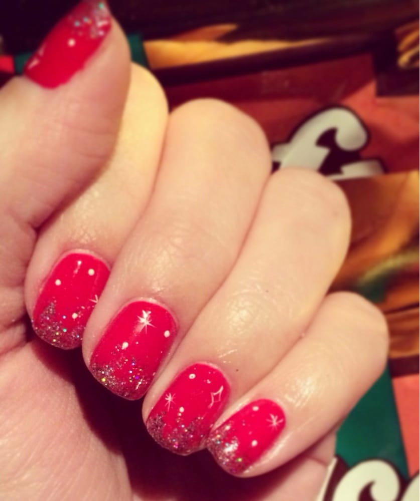 Christmas Nails With Glitter: Red Nails With Silver Glitter
