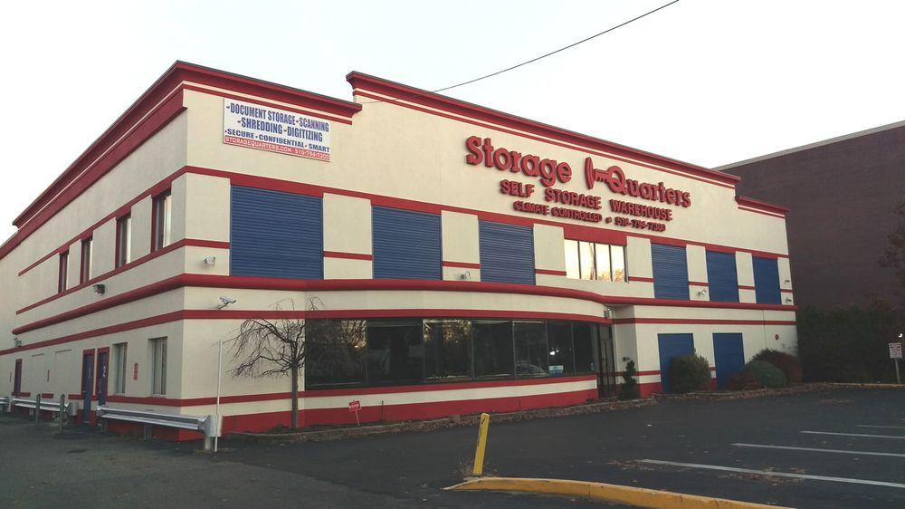 Storage Quarters: 999 Stewart Ave, Garden City, NY