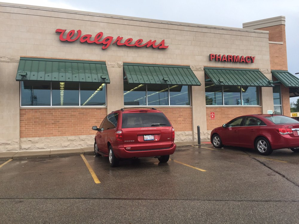 Directory and Interactive Maps of Walgreens across the Nation including address, hours, phone numbers, and website.