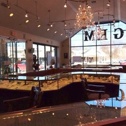 Gem jewelry gioiellerie 1129 new britain ave west for Jewelry stores in hartford ct