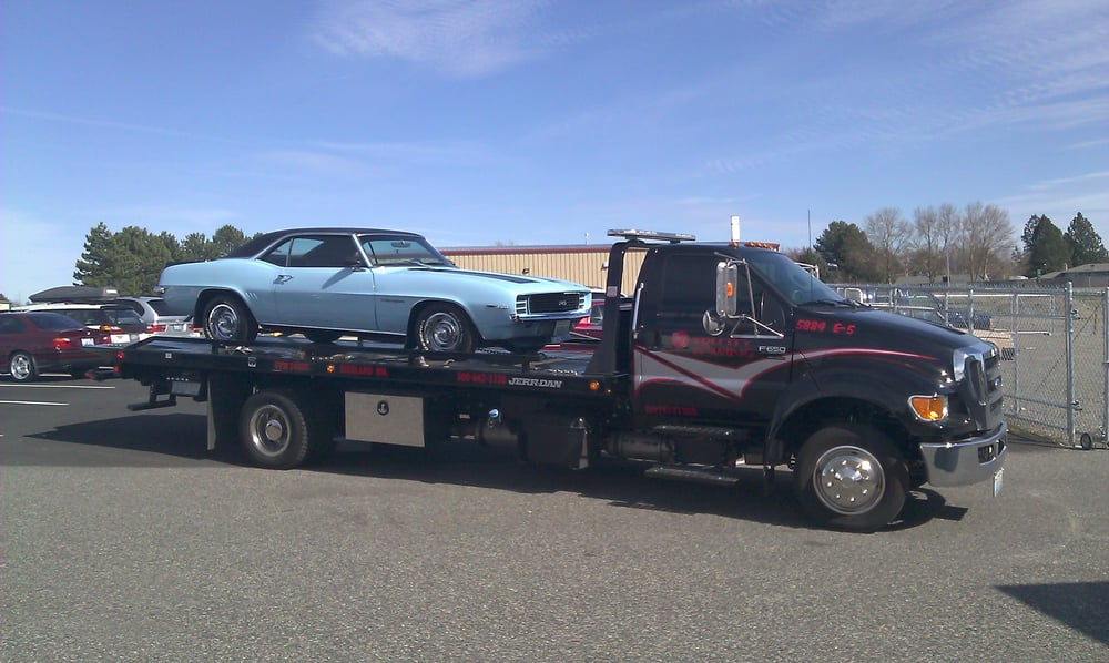 Towing business in West Richland, WA