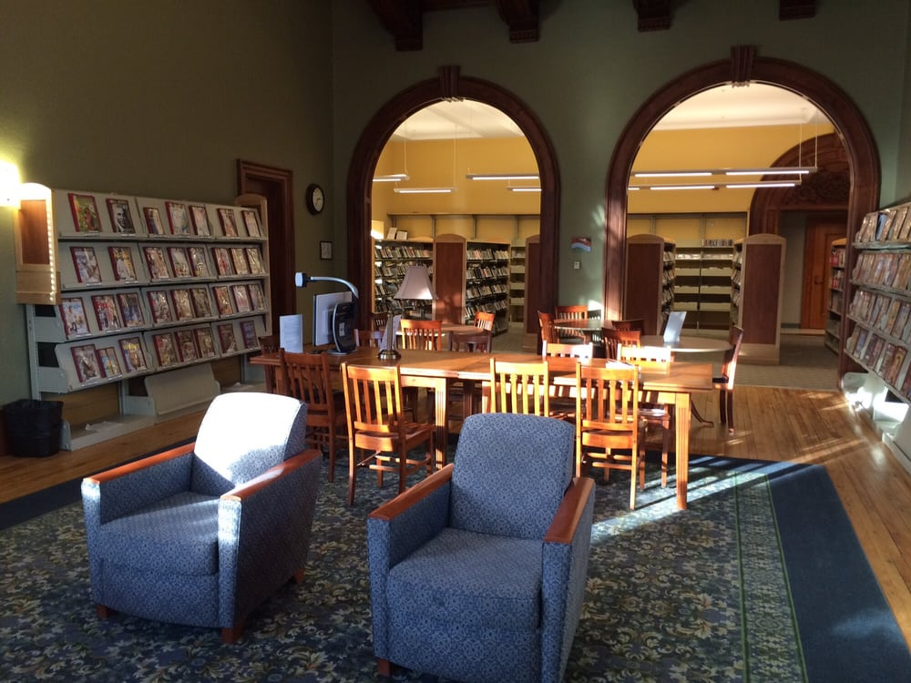 Auburn Public Library: 49 Spring St, Auburn, ME