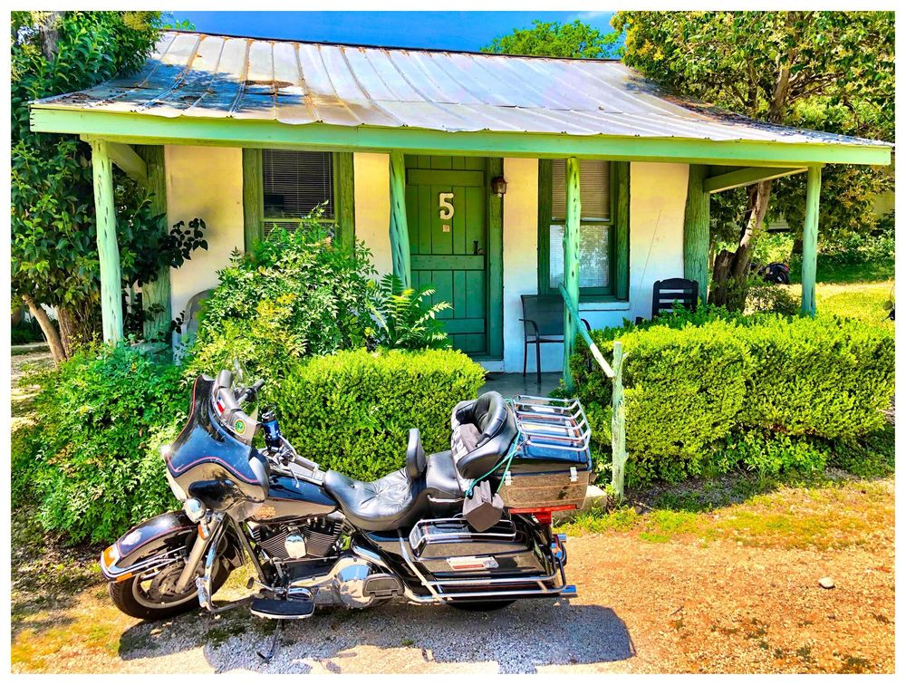 River Front Motel: 1103 Maple St, Bandera, TX