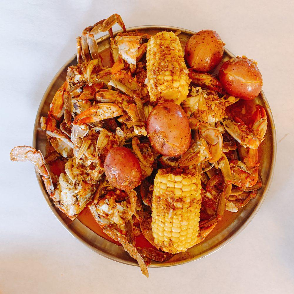 La Juicy Seafood: 373 Winding Woods Dr, O'Fallon, MO