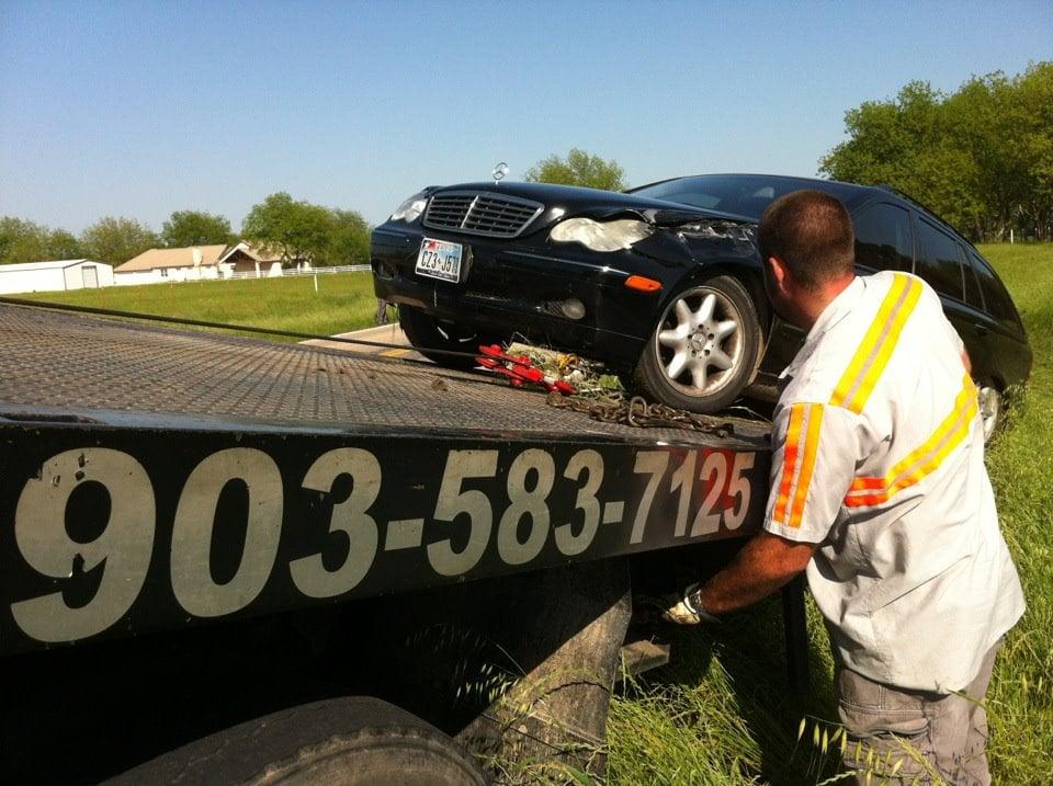 JN Wrecker: 6327 N State Hwy 78, Bonham, TX