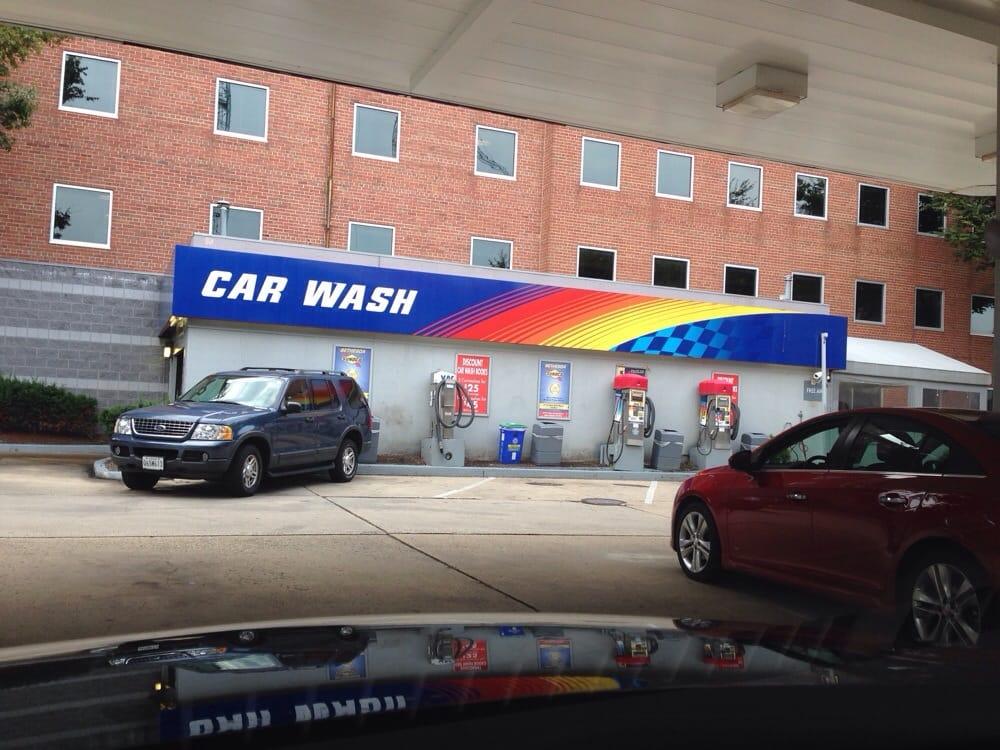 Colonial Car Wash Altamont Avenue