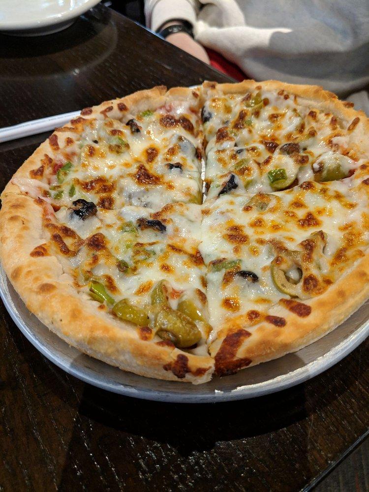 Valentino's Pizza: 3457 Holdrege St, Lincoln, NE