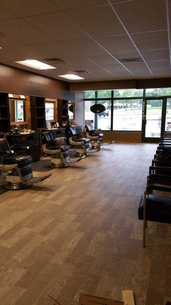 Gentlemen's West Barbershop: 6489 Quivira Rd, Shawnee, KS