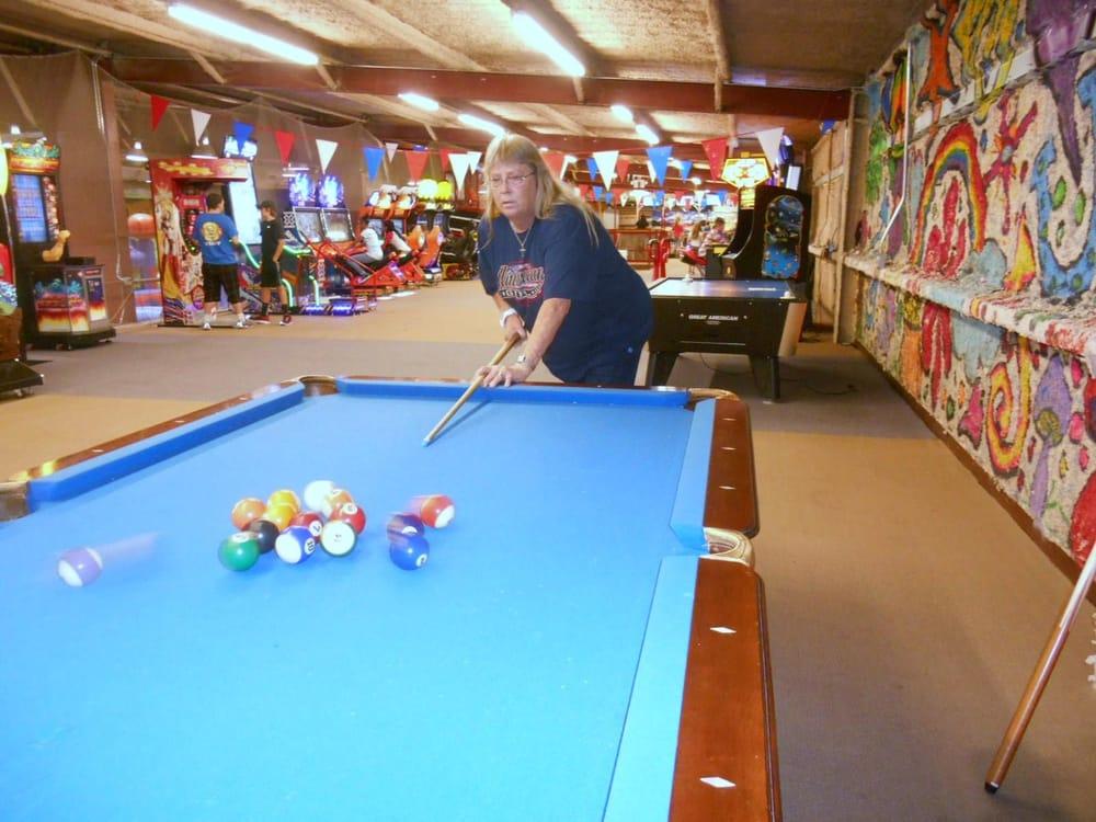 Elise's Family Fun Center: 18291 Englin Rd, Winnie, TX