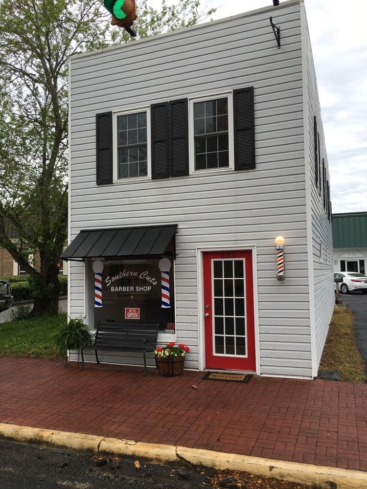 Southern Cuts Barbershop: 233 E Main St, Moncks Corner, SC