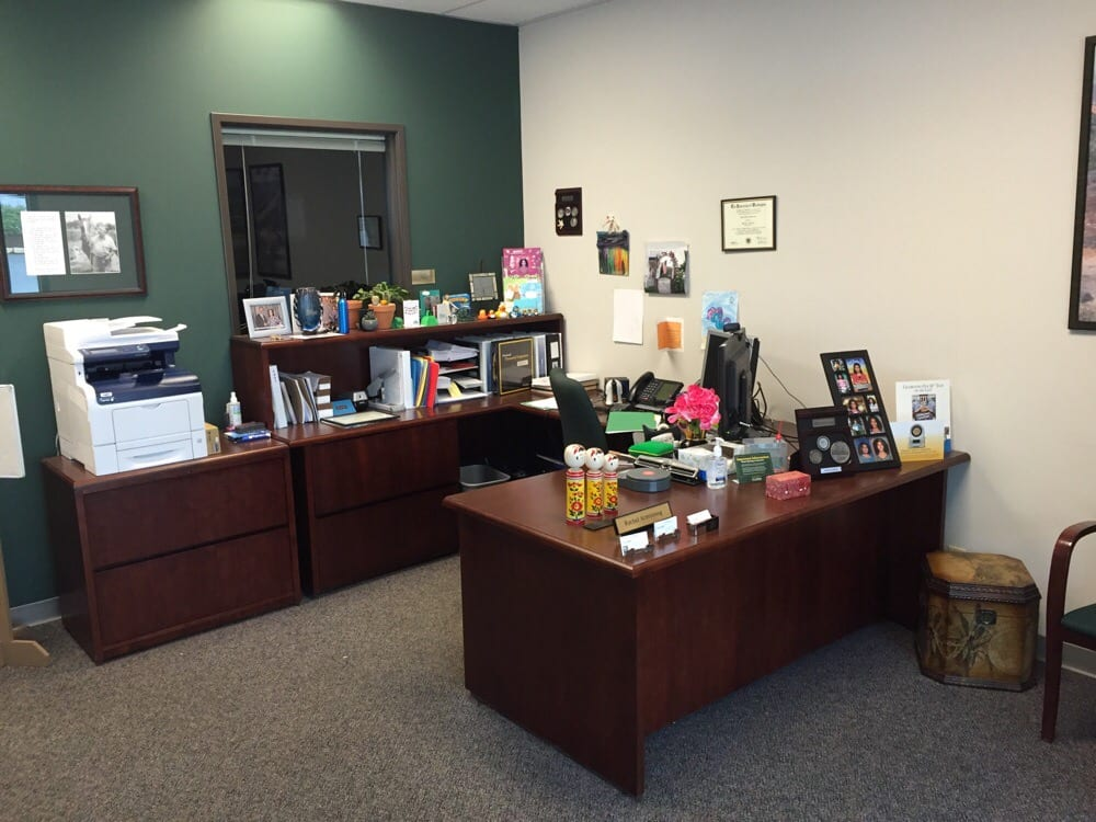 Rachel Armstrong Sr Branch Office Administrators Desk