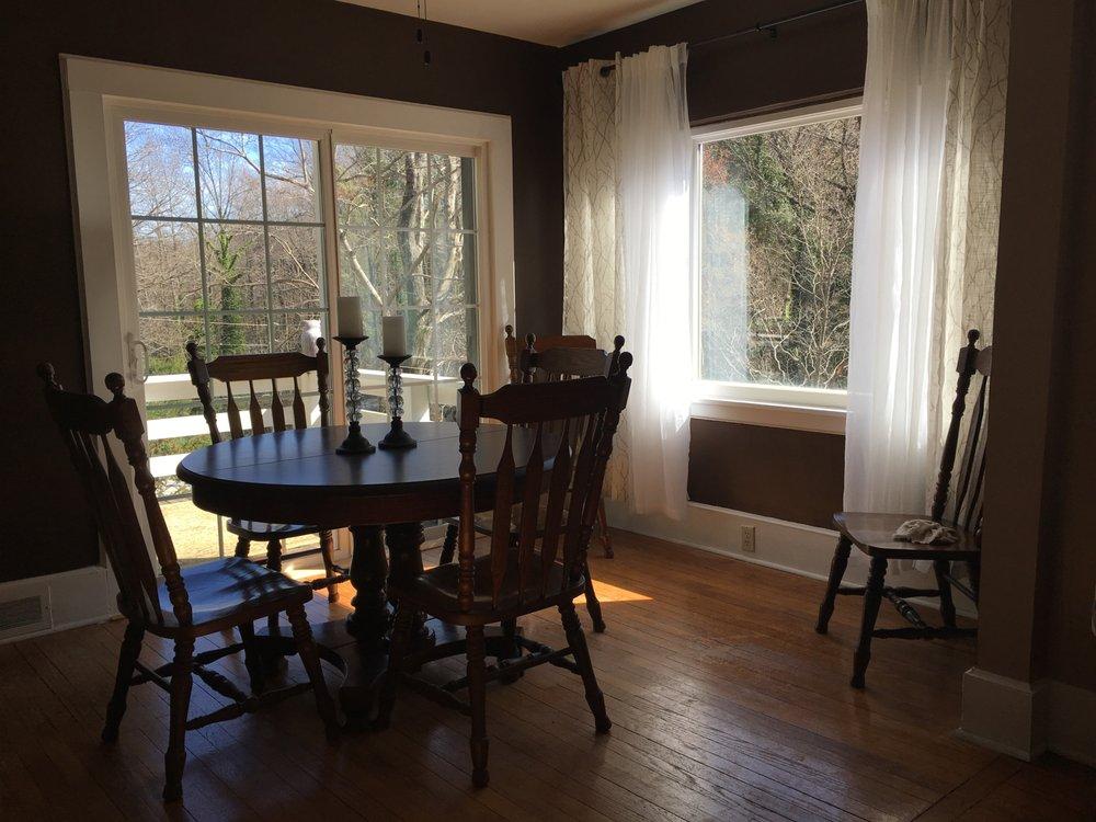 Grafton Lodge: 122 Harris Rd, Lake Lure, NC
