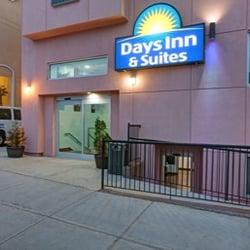 Days Inn & Suites by Wyndham Ozone Park/JFK Airport - 137-08