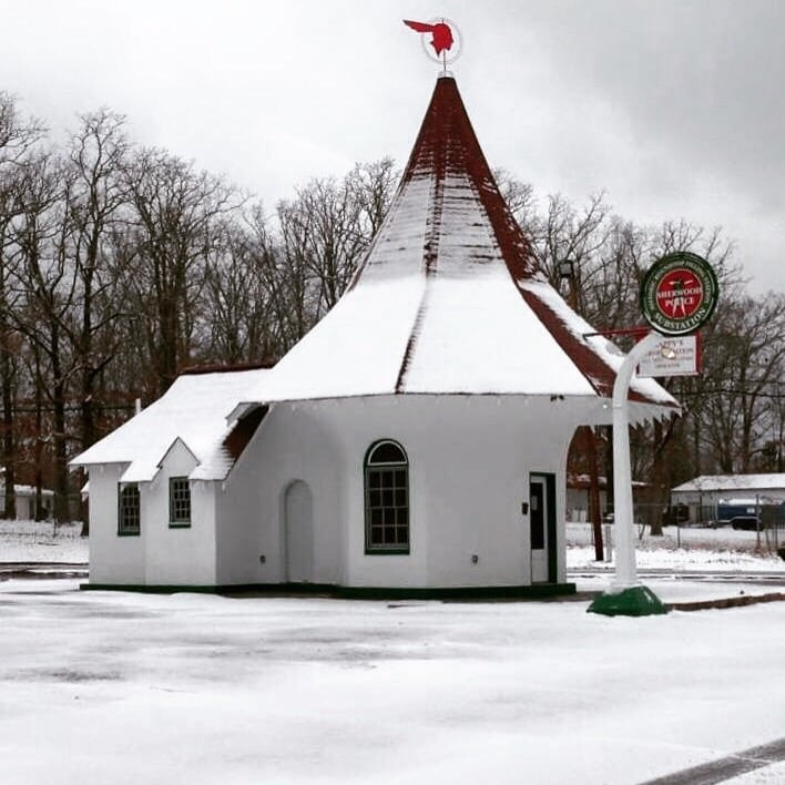 The Historic Roundtop Filling Station: 6491 Roundtop Rd, North Little Rock, AR